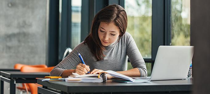 رشته فیزیک مشاوره انجام پایان نامه و چاپ مقاله فیزیک در مقطع ارشد و دکتری